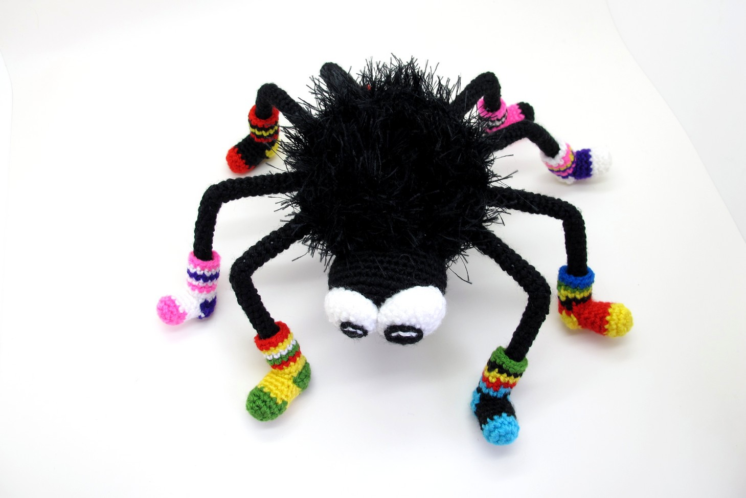crocheted spider Halloween by mashutkalu